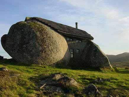 L 39 immobilier de luxe en essor en bretagne - Maison bretonne moderne ...