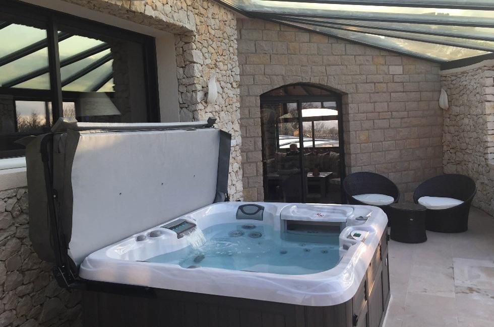 spa-veranda
