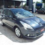 Peugeot crée de l'emploi suite au lancement du 5008