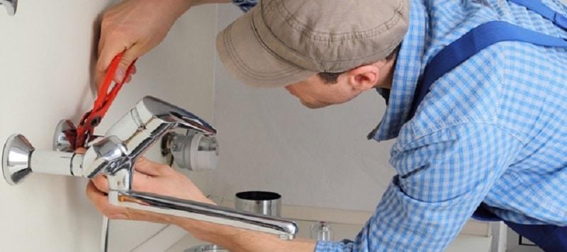 Quelles sont les missions d'un plombier à Rennes