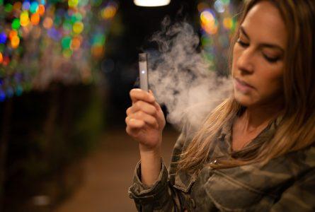 La cigarette électronique face au tabagisme classique